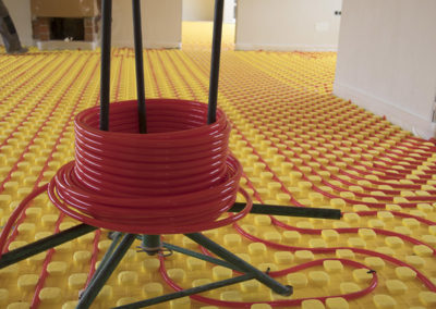 Proceso de instalación del suelo radiante para calefacción