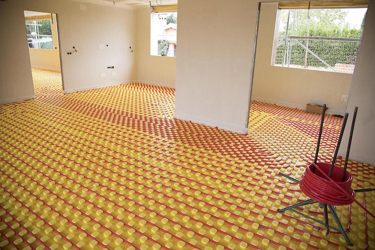 Proyecto calefacci n por suelo radiante esak for Presupuesto suelo radiante