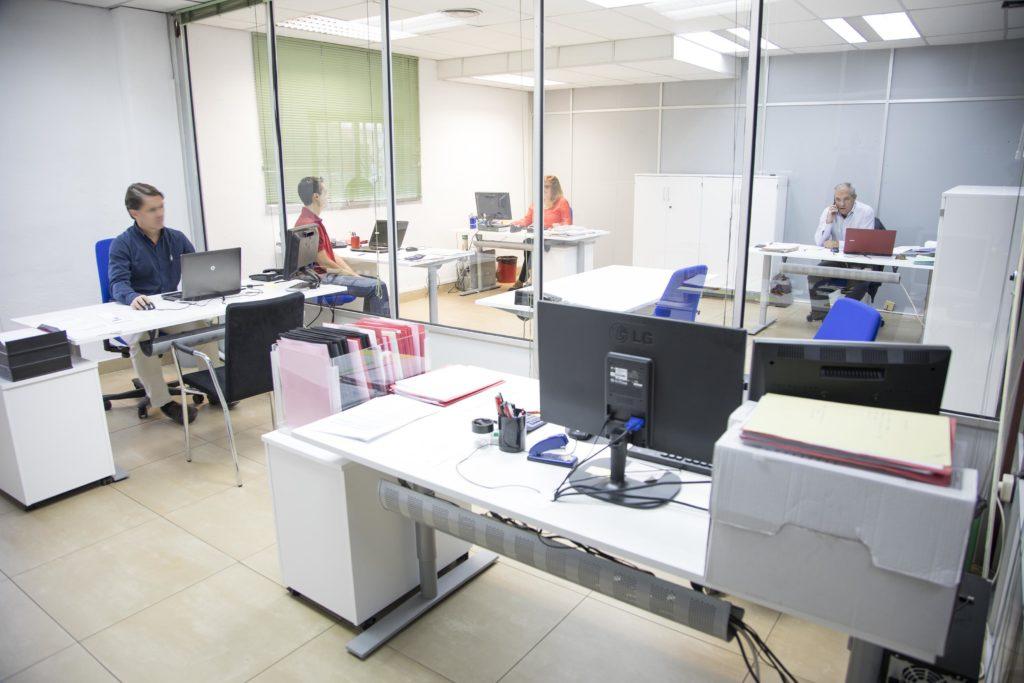 Esak renueva su oficina t cnica esak for Oficinas de ing